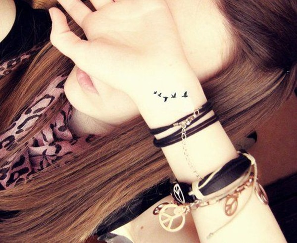 Cute Small Tattoo Designs for Women (1)