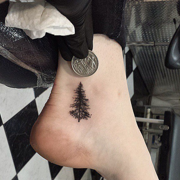 Christmas Tree Tattoo Designs.101 Remarkably Cute Small Tattoo Designs For Women