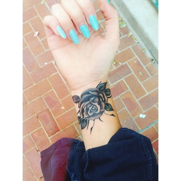 Cute Small Tattoo Designs for Women (51)