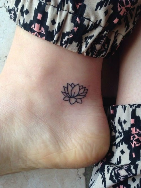 Best Foot Tattoo Designs and Ideas (56)