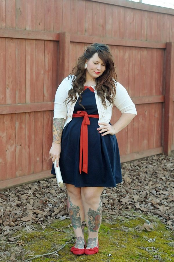 Cute Curvy Girl Fashion Outfits and Ideas (9)