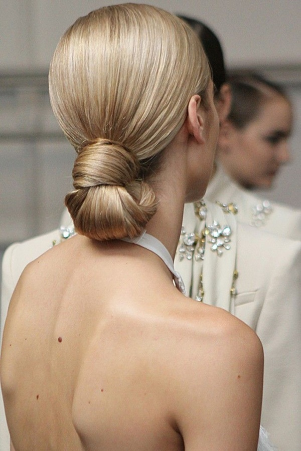 Easy Bun Hairstyles for Long Hair and Medium Hair88-Sleek low bun-knots