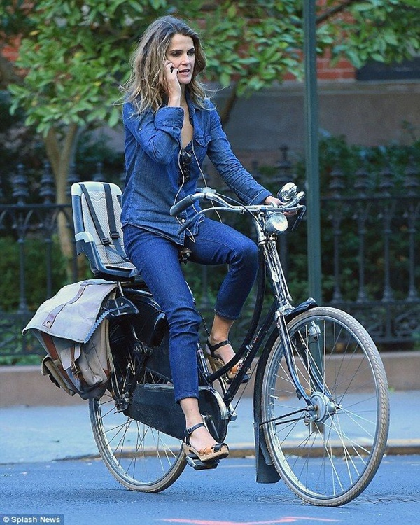 Celebrity Fashion Style Outfits78- Keri Russell in total denim