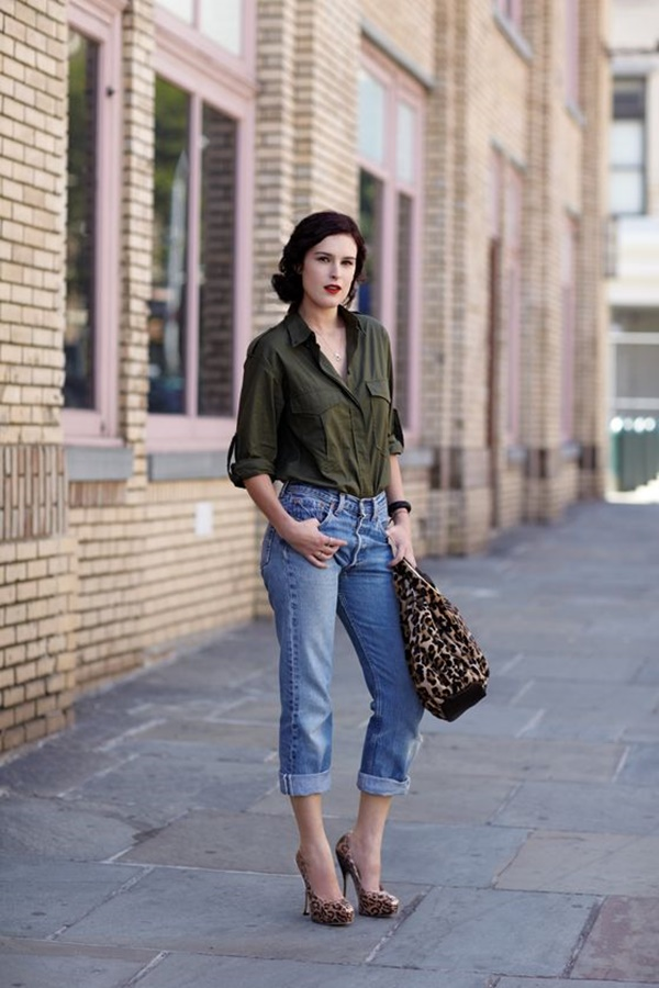 Celebrity Fashion Style Outfits82-Rumor Willis in rolled boyfriend jeans, leopard heels And bag, olive green button up