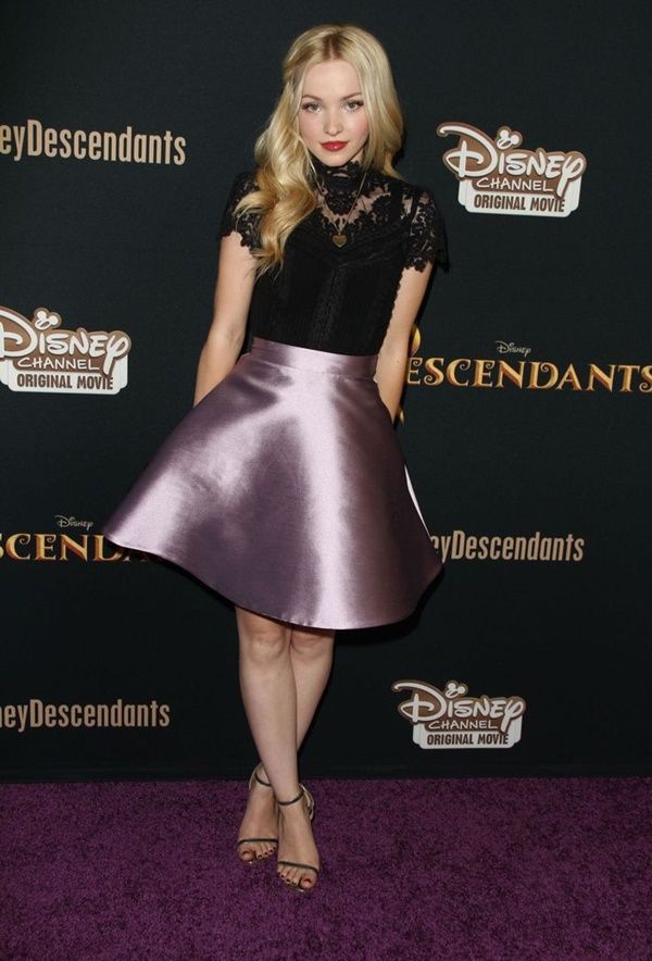 Celebrity Fashion Style Outfits98-Dove Cameron