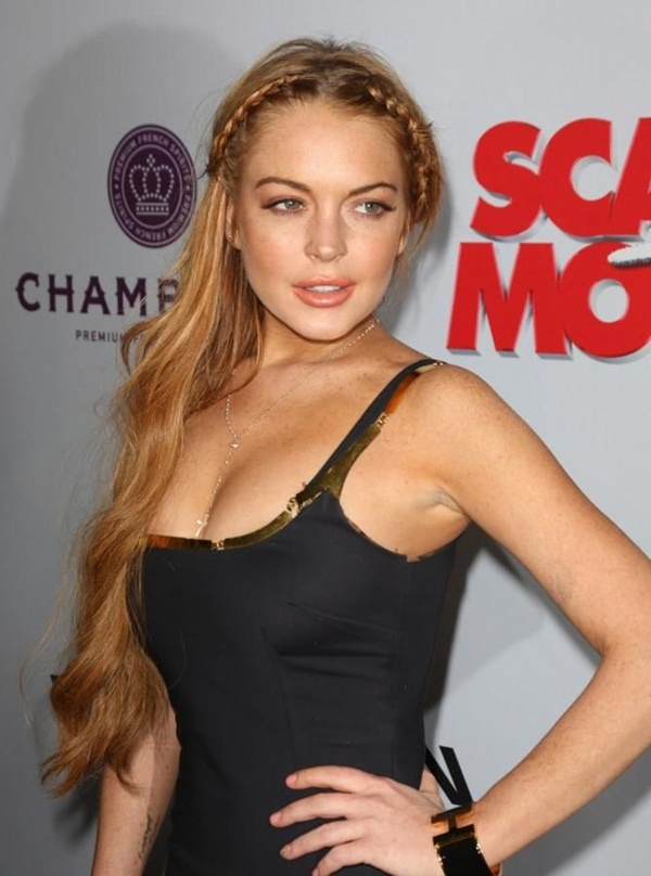 Long and Short Celebrity Hairstyles20-lindsay lohan hairstyle