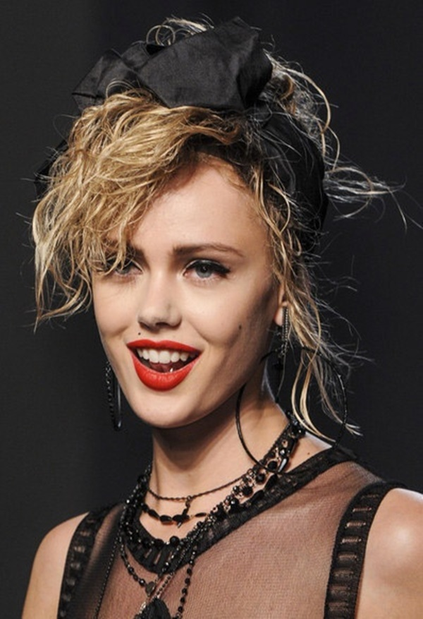 Long and Short Celebrity Hairstyles21-madonna hairstyle
