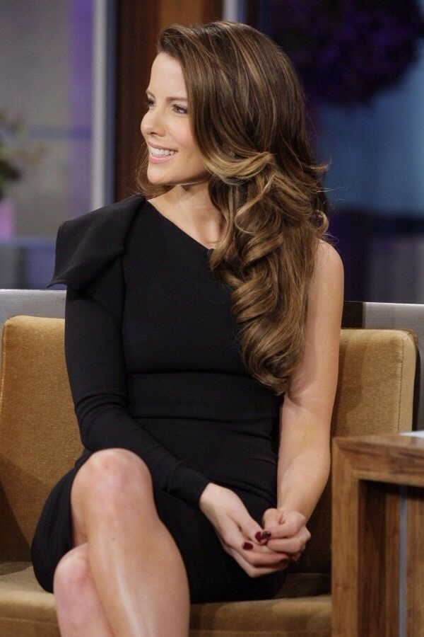 Long and Short Celebrity Hairstyles36-kate beckinsale hairstyle