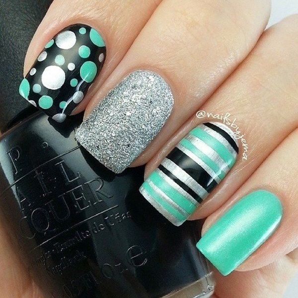 Simple Winter Nail art Ideas for Short Nails (17)