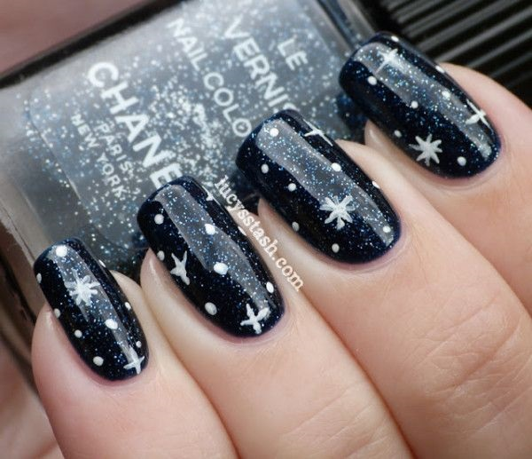 Simple Winter Nail art Ideas for Short Nails (18)
