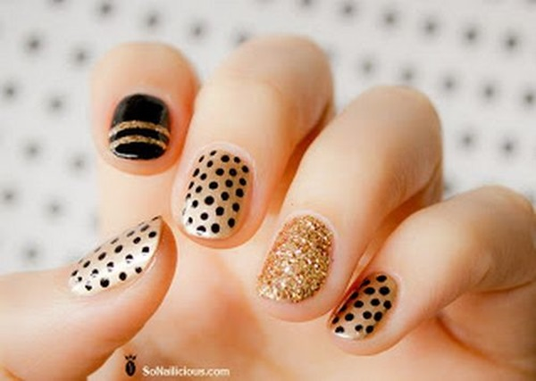 Simple Winter Nail art Ideas for Short Nails (44)