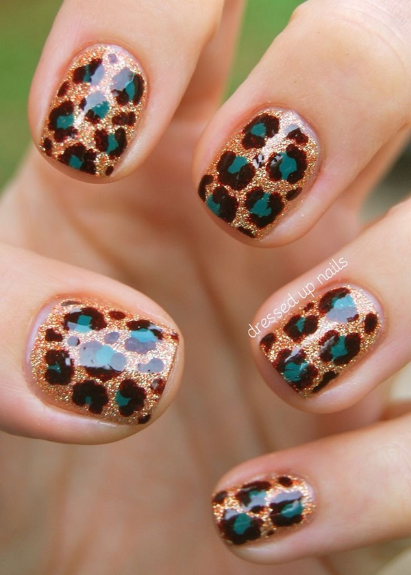 Simple Winter Nail art Ideas for Short Nails (70)