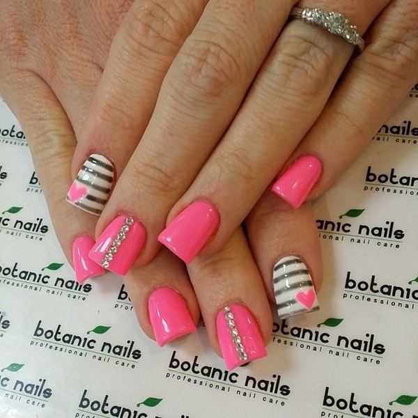 Cute Pink and White Nails Designs (3)