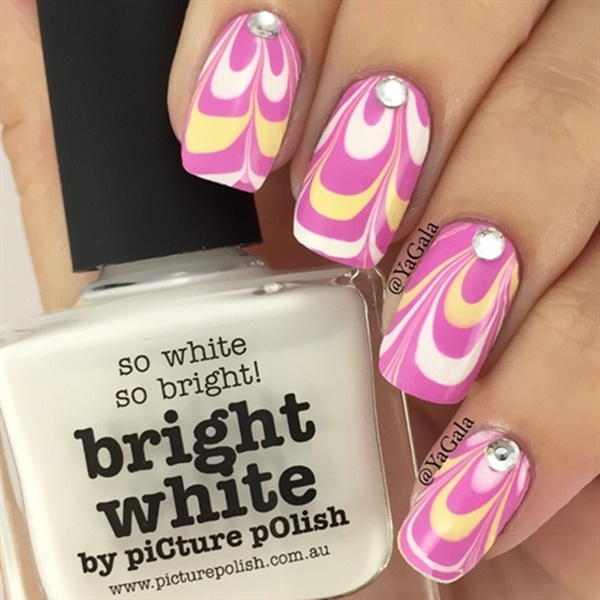 Cute Pink and White Nails Designs (38)