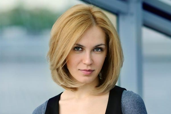 Cute and Short Hair styles for Women (1)