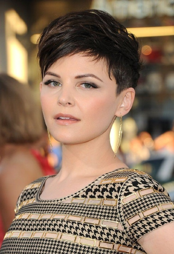 Cute and Short Hair styles for Women (39)