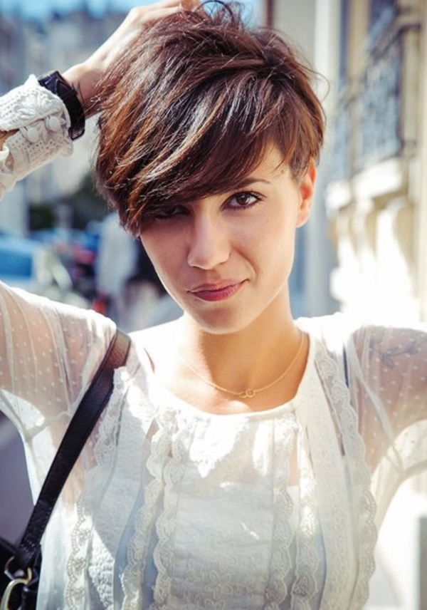 Cute and Short Hair styles for Women (79)