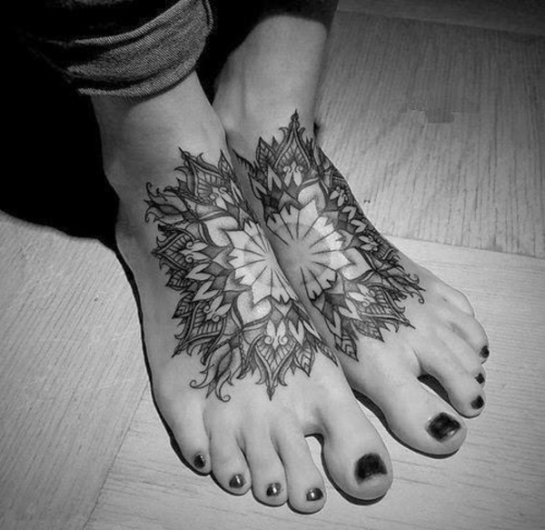 Flower Tattoo Designs for Women (16)