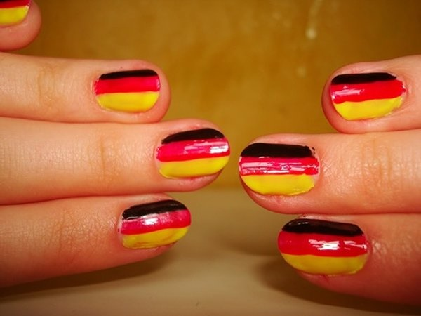 Red Nail Art Designs (13)