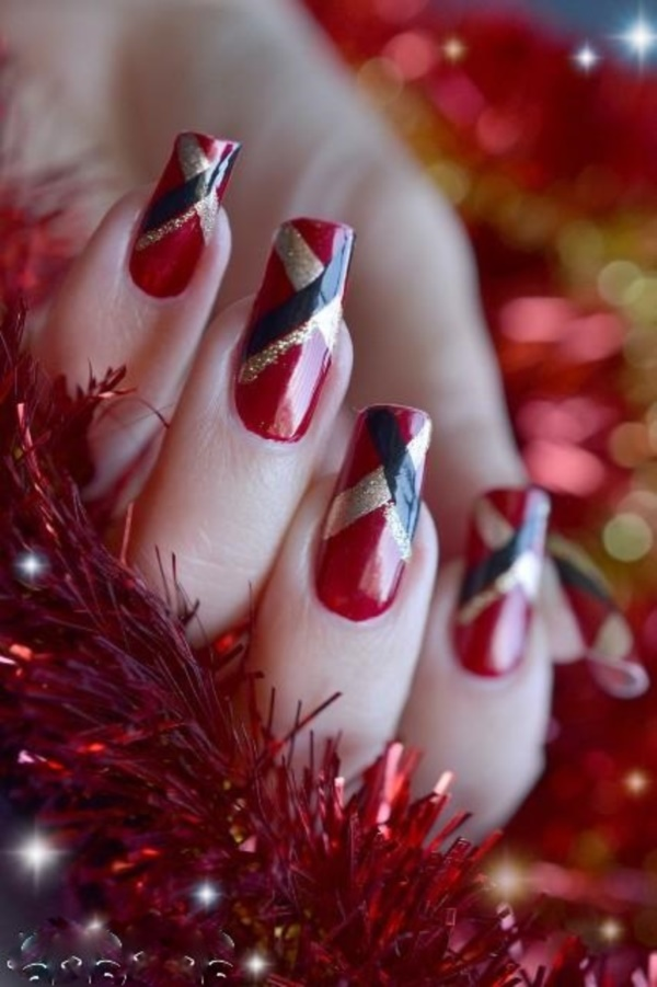 Red Nail Art Designs 17