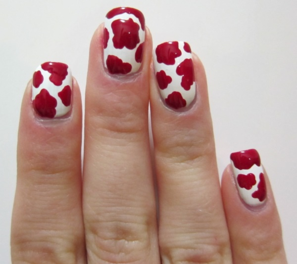 Red Nail Art Designs (28)