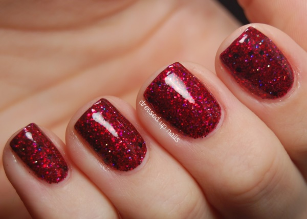 red nail art designs 1