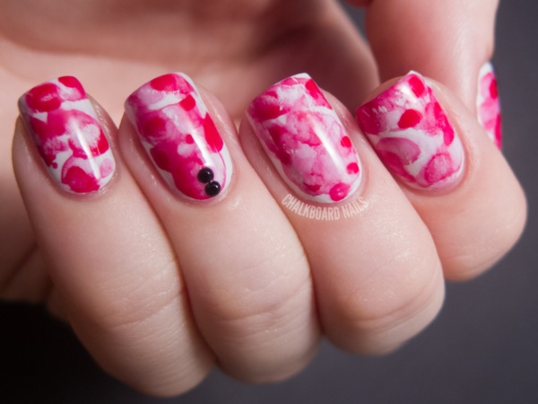 Red Nail Art Designs (8)