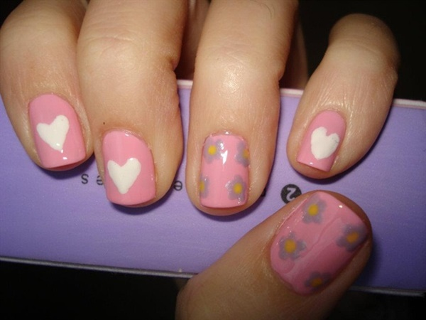 pink and white nail art (39)
