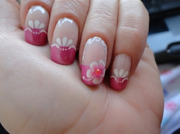 pink and white nail art (88)
