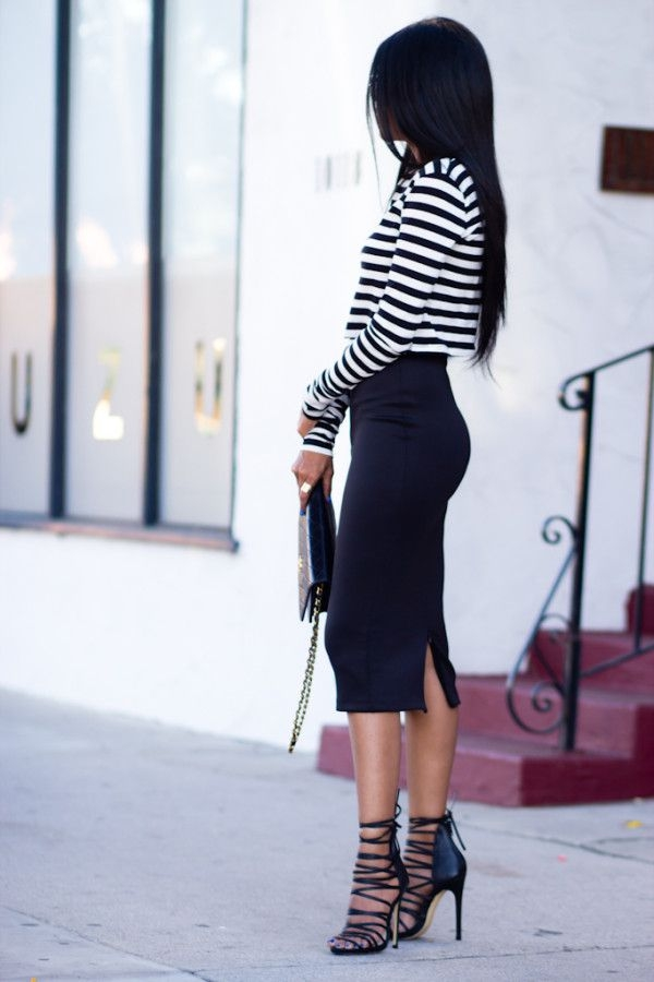 Flattering Skirt Outfits Ideas 7