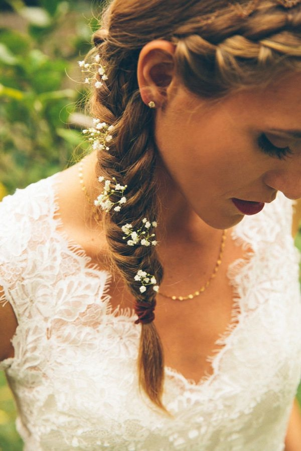 Long and Short Weddings Hairstyles60-side braid with baby's breath flower