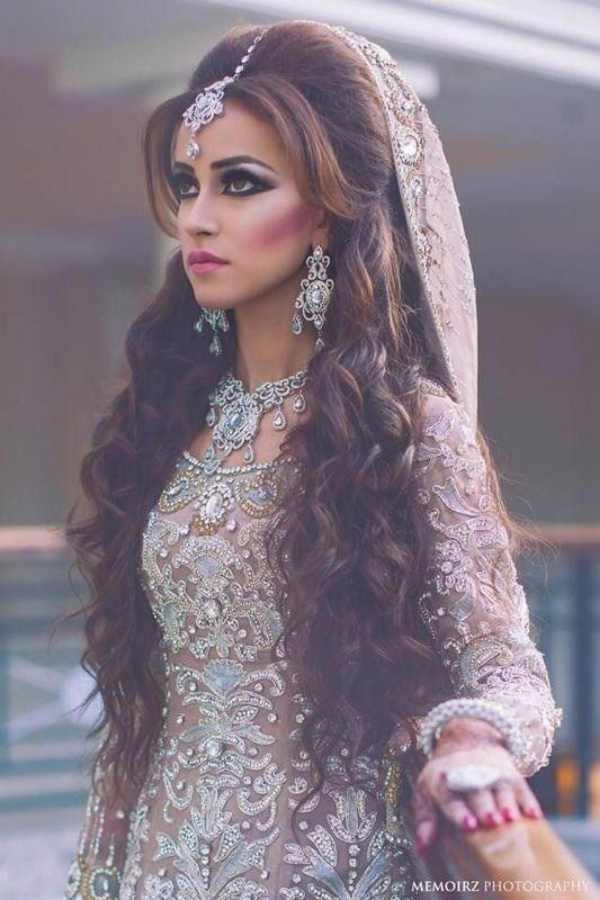 Long and Short Weddings Hairstyles79-Pakistani bridal hairstyle