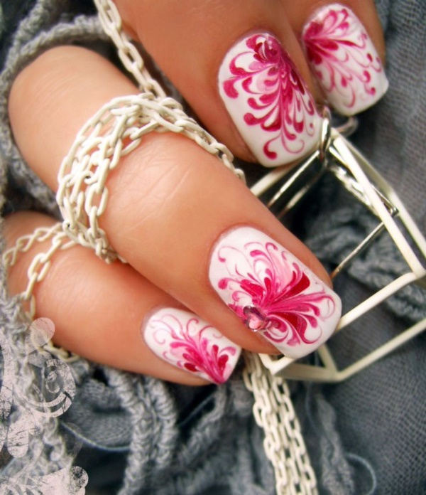 Seasonal Nail art designs and Ideas0331