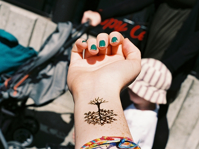 Moon Mehndi Liberty : 101 best foot tattoo designs and ideas with significant meanings