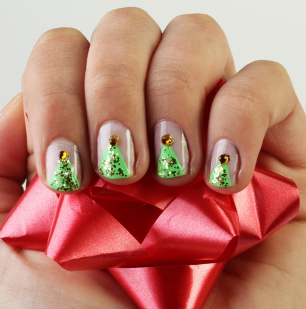 Cute Christmas Nail Art Designs and Ideas0131