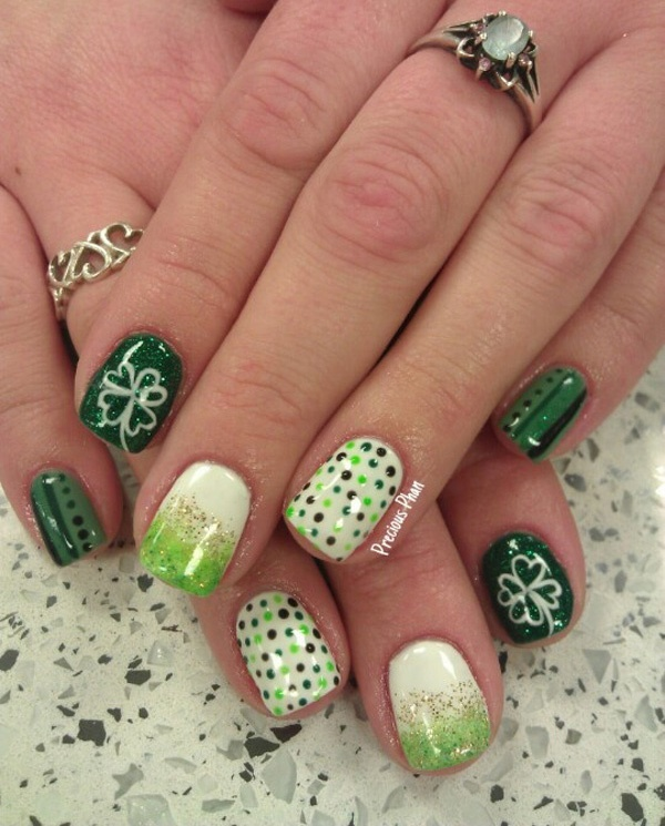 Cute Christmas Nail Art Designs and Ideas0321