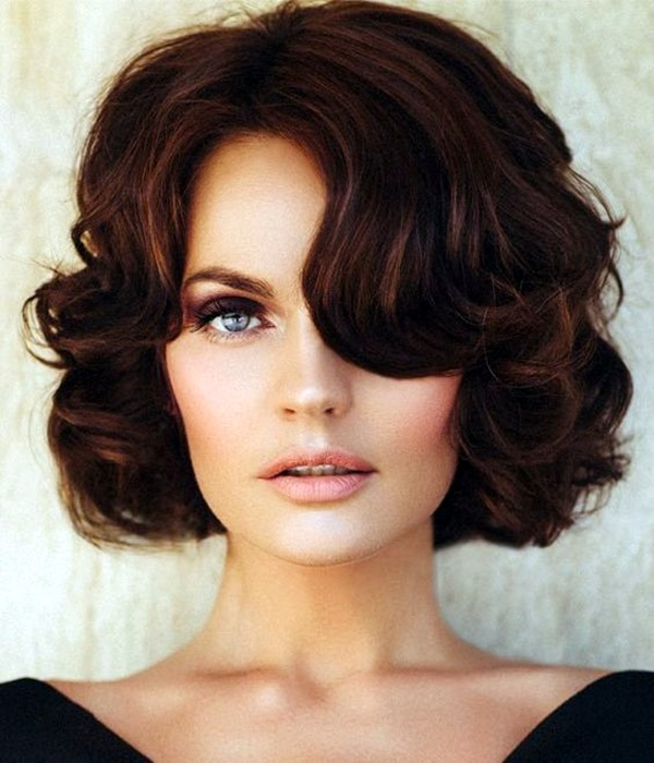 Medium Length Hairstyles for Women (48)