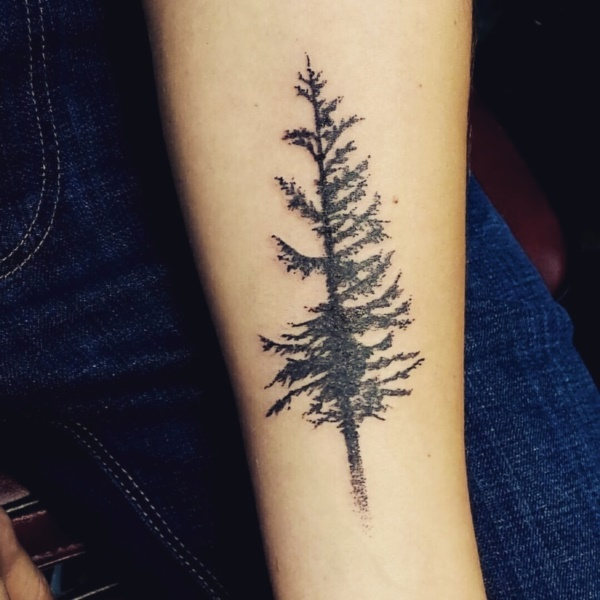 small tree tattoo designs0131
