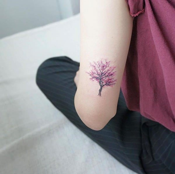 small tree tattoo designs0501