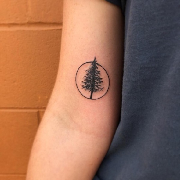 small trees tattoos designs1 (29)