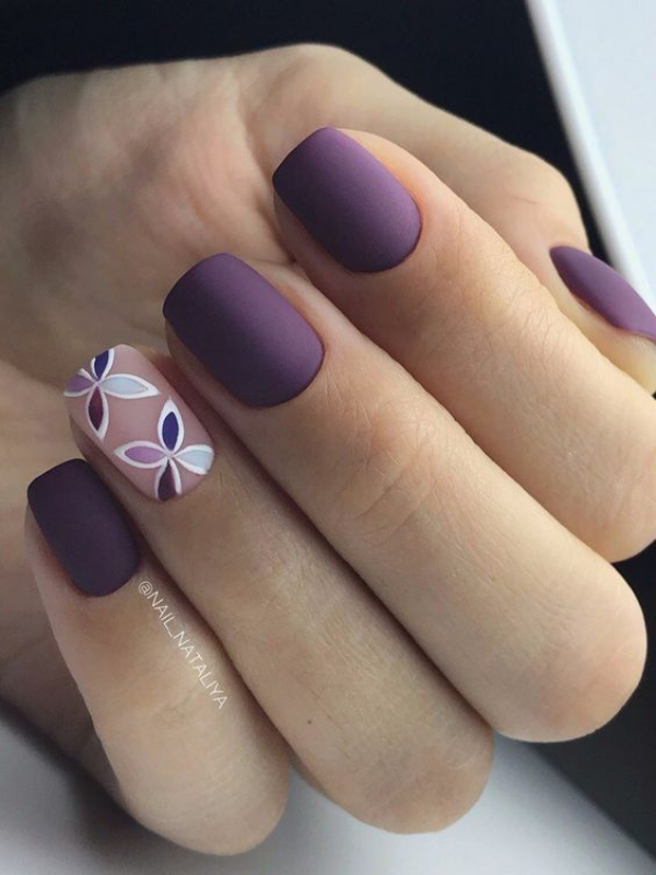 10 Pretty Nail Polish Colors to try in 2018