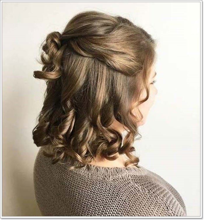 Soft Romantic Curls In A Half Up Style: 120 Marvellous Half Up -Half Down Hairstyles